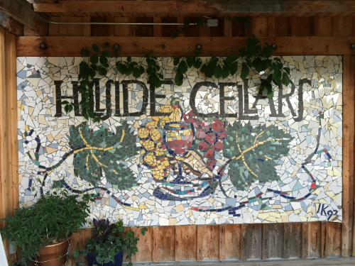 Hillside Winery & Bistro